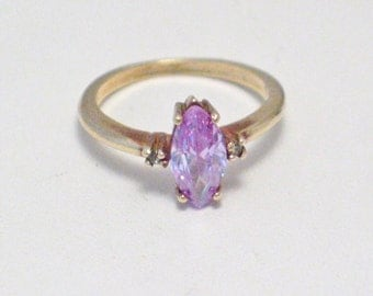 10k gold size 5.5 5 1/2 purple marquise amethyst lavender color cz crystal glass gemstone solitaire ring w/ white accents sparkly