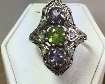 Amethyst and Peridot Three Stone Antique Style Ring Size 5
