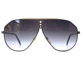 vintage 1980's NOS aviator sunglasses gunmetal gold metal wire frames grey green lenses sun glasses eyewear pilot oversized mens women retro