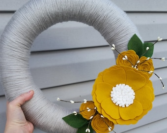 Felt flower wreath, yarn wrapped wreath, berry wreath, year round wreath, door decor, yellow & grey wreath, spring wreath, wedding decor
