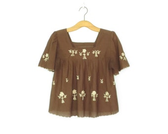 Embroidered Folk Blouse * Vintage Peasant Shirt * 70s Floral Embroidery Top * Small / Medium