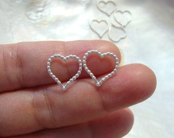 Handmade Terrafinds design, pretty classic dot fancy open heart charm, link, small pendant - 13mm - PC-0076