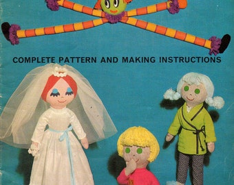 Stuffed 20 inch Dolls Teen Dolls Pattern Book Vintage 1970s Rag Dolls and Clothes Trace off patterns
