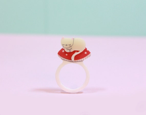 Cat Jewelry / Mushroom Kitty Ring