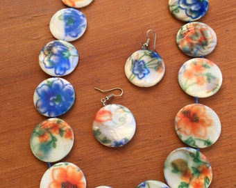 Painted porcelain necklace with matching earrings