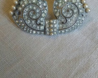 Vintage Art Deco Style Pearl Brooch
