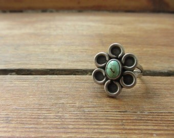 Vintage Native American Ring, Flower Ring, Sterling Silver Ring, Native American Jewelry, Turquoise Ring, Navajo Ring, Silver Pinky Ring