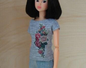 Momoko doll t shirt tee with vintage flowers print