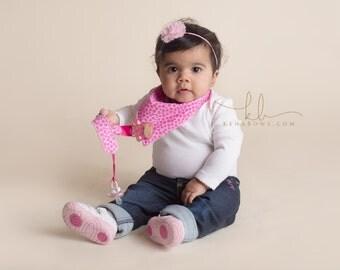 Pink Giraffe, Baby Bandana Bib, Personalized Pacifier Clip, Baby Shower Gift, Birthday Baby Boy, Hot Pink Giraffe, Animal Print Fabric