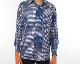 Vintage 70's button down shirt, funky small geometric Escher like pattern, Blue, White, Gray, small squares - Medium