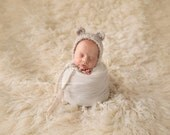 Hand Knit Teddy Bear Bonnet for Baby, Newborn Photography Prop