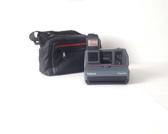 90s vintage one step POLAROID model TESTED comes with case
