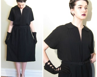 Vintage 1940s Black Rayon Crepe Dress / 40s Short Sleeved Dress with Pleated Front / Medium