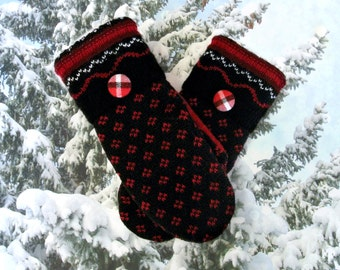Black & Red Women's Recycled Sweater Mittens
