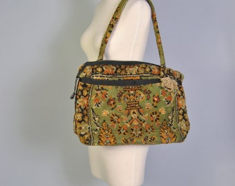 Vintage HUGE Carpet Bag 60s Large Oversized Carpetbag Tote Large Weekender Luggage Olive Green Woven Carpet Bag Purse