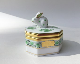 Herend Porcelain Ring / Trinket Box China Ring / Trinket Box Bunny Rabbit