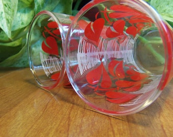 Vintage Juice Glasses Red Leaves White Lines on a set of two nice clear glasses!