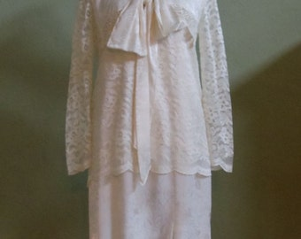 """Vintage Special Occasion / Downton Abbey 2 Layer Cream Dress Bust 37"""" Waist 38"""""""