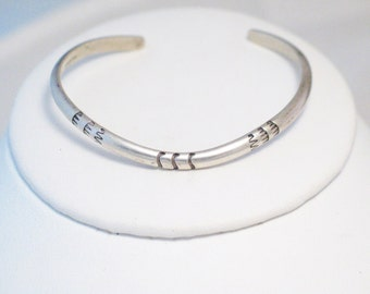 sterling design bangle cuff slim bracelet Southwestern or native tribal chevron sterling silver stacking layering simplistic minimalist