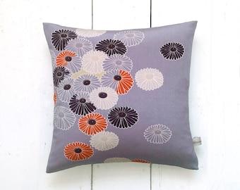 Vintage Japanese Kimono Fabric Pillow Cushion 'Chrysanthemums' (1970's)