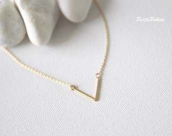 V Shaped Necklace in Gold. Minimalist. Simple Basic. Understated Elegance. Timeless. Gift For Her. Unique Gift (PNL- 80)