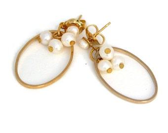 Bridal Pearl Earrings, Wedding Pearls Jewelry, Simple Classic Earrings, Bridesmaid Gifts, Gold Pearls Earring,Wedding Gold Pearls Earring