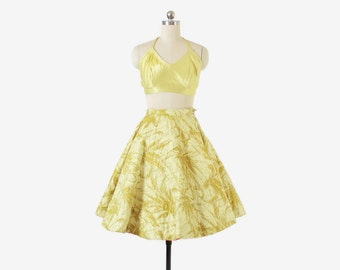 Vintage 50s CIRCLE SKIRT / 1950s Chartreuse Quilted Studded RHINESTONES Full Skirt xs