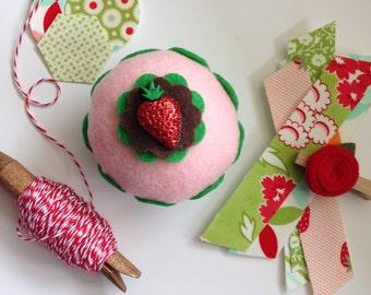 Strawberry Felt Cupcake - Baker Gift, Pin Cushion, Party, Housewares, Summer, Birthday Gift, Kitchen, Hostess Gift, Home Decor