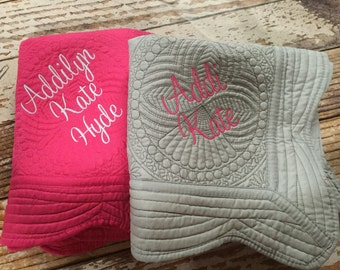 Monogrammed baby quilt, Personalized baby blanket, Embroidered quilt, Baby Girl Quilt, Baby Boy Quilt, new baby quilt