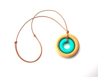 Nursing Necklace, Adjustable LEATHER Cord, Wooden and Silicone Teething Pendant