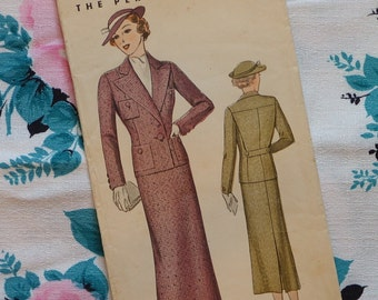 Vintage 1930s Sewing Pattern / Smart Skirt Suit / Pictorial Pattern 7917 / Size 18 - 36 Bust / Unused