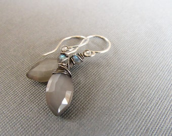 Shimmering sofy gray moonstone and labradorite earrings