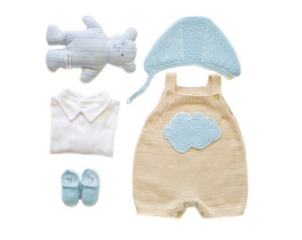 Homecoming outfit, knitted overalls, baby bonnet and crib shoes. baby outfit. jumpsuit. Taupe and blue, 100% cotton, newborn.