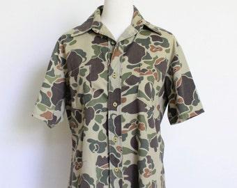 Vintage Camo Shirt // Camouflage Canvas Camping Shirt // Camo Mens Small Womens Medium