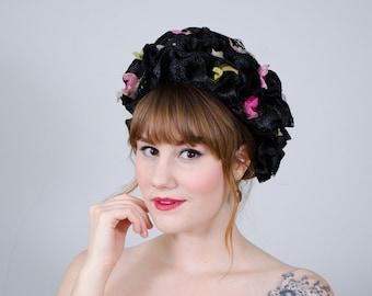 1960s vintage hat / black floral raffia cloche / Coralie