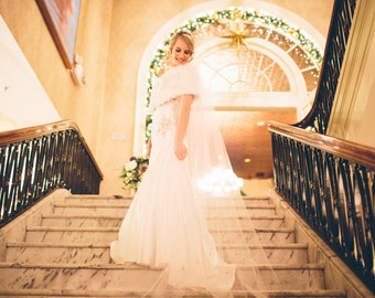 Wedding Veil Swarovski Crystal Rhinestone Chapel Bridal Veil with Blusher