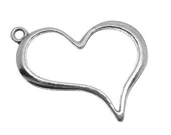 Silver Pendants : 10 Antique Silver Large Heart Charms 28 x 39mm -- Lead, Nickel & Cadmium Free J6B