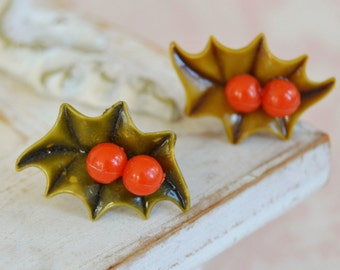 Vintage Screw-Back Earrings of Celluloid Holly Berries