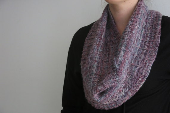 PATTERN Cowl Knitting Pattern PDF / Knitting Pattern for Multicoloured or Variegated Yarn / Twisted Rib and Slip Stitch Circle Scarf