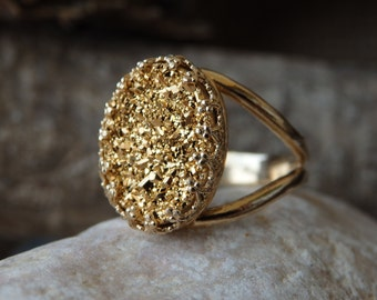 Gold Druzy Ring, Gold Gemstone Ring,  Golden druzy solitaire Rings. 14k goldfilled ring.  Gold ring. Druzy jewelry.  Estate jewelry