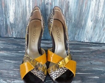 MUSTARD YELLOW PUMPS Feathered Classic Open Toe Wedge Heel Slip Ons