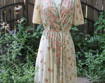 Vintage 70s Cream and Floral Secretary Day Dress with Criss Cross Bust & Flowy Skirt
