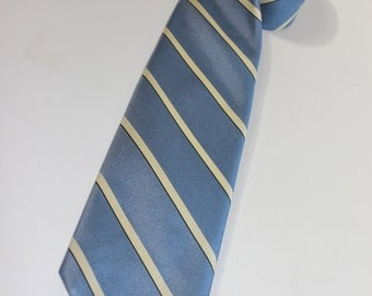 "vintage 1970's Brooks Brothers 'Black label' silk tie. Diagonal repp stripe - Eton / Carolina Blue. 3 1/4"" wide. Woven in England"