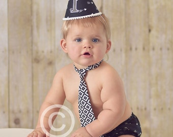 Boys First Birthday Outfit Cake Smash Diaper Cover Bow Tie Party Hat in Black and White Arrows and Aztec Print