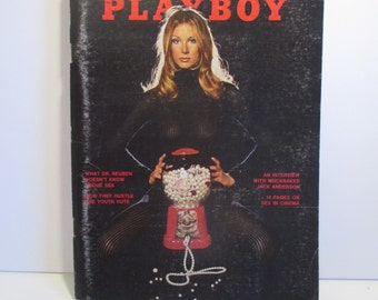Vintage Playboy Magazine - November 1972 - Vol. 19 No. 11 - Adult