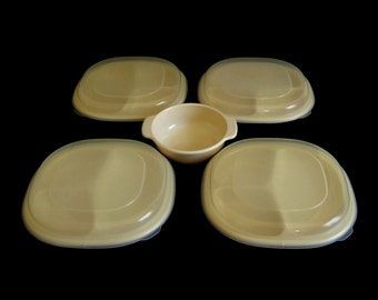 Rubbermaid Microwave Heatables Divided Plates 0059 Lids 0060 Bowl 0065 Ivory Plastic