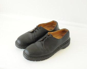 Vintage Dr. Martens Black Leather Oxford Shoes, Made in England, Mens UK 7, US 8 / ITEM103
