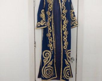 1960s 70s Deep Blue Velveteen Kaftan Gold Embroidery Ethnic Robe Hippie Caftan