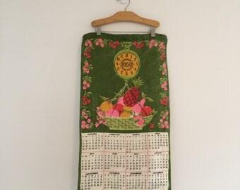 Vintage 1969 Calendar Towel / Linen Tea Towel