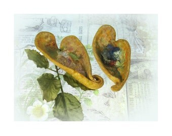 Ceramic Heart Dish - Set of 2 -  Trinket Dish, Ring Catcher, Tea Bag Holder - Stoneware Clay dish,  #124